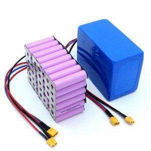 Prezzo di fabbrica 18650 Batteria agli ioni di litio ad alta potenza 12V ricaricabile agli ioni di litio in vendita